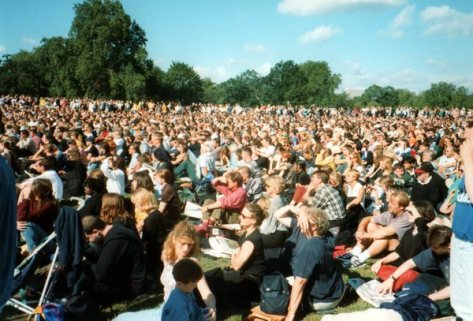 Watching Lady Diana's funeral, Hyde Park 1197