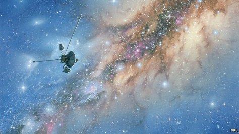 _66509267_r2620085-voyager_spacecraft-spl